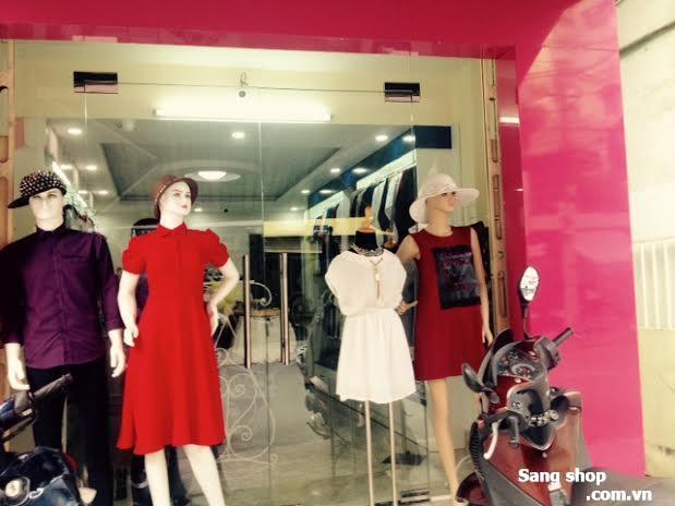 Shop thời trang cao cấp quận 1