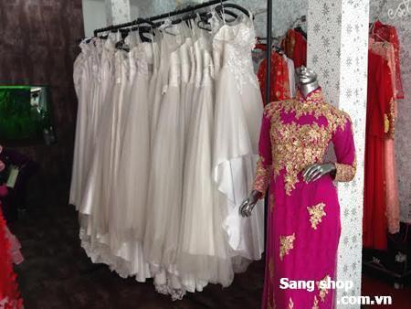 Thanh lý hơn 90 chiếc áo cưới giá rẻ